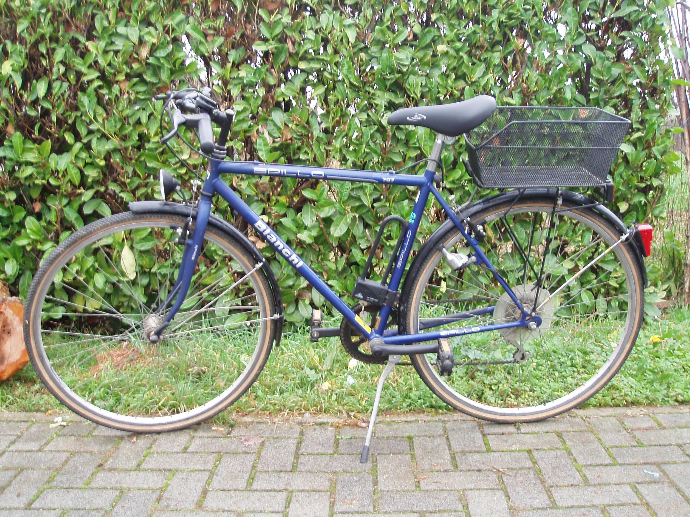 Bicicletta Bianchi Uomo Il Tendone Solidale Mercatino Dell Usato