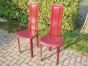 sedie rosse con schienale alto