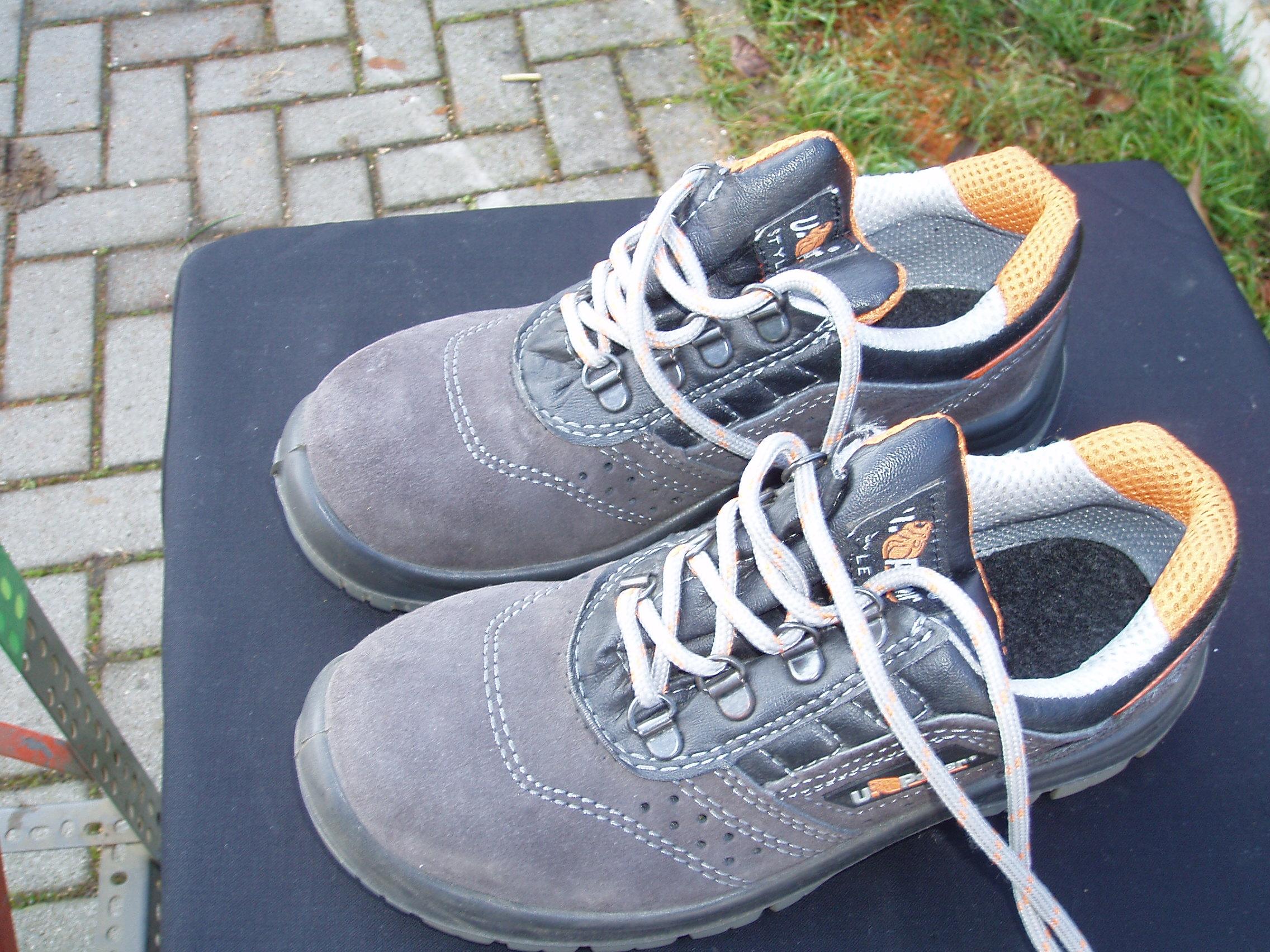 calzature – Il Tendone solidale mercatino dell' usato