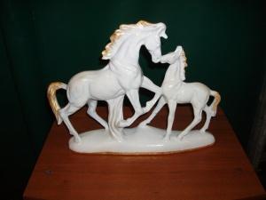 coppia cavalli in ceramica