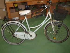 bicicletta bianca donna ruote del 24