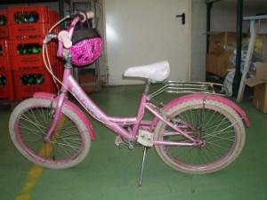 bicicletta rosa da bambina