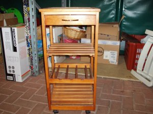 carrello in legno per cucina e bagno