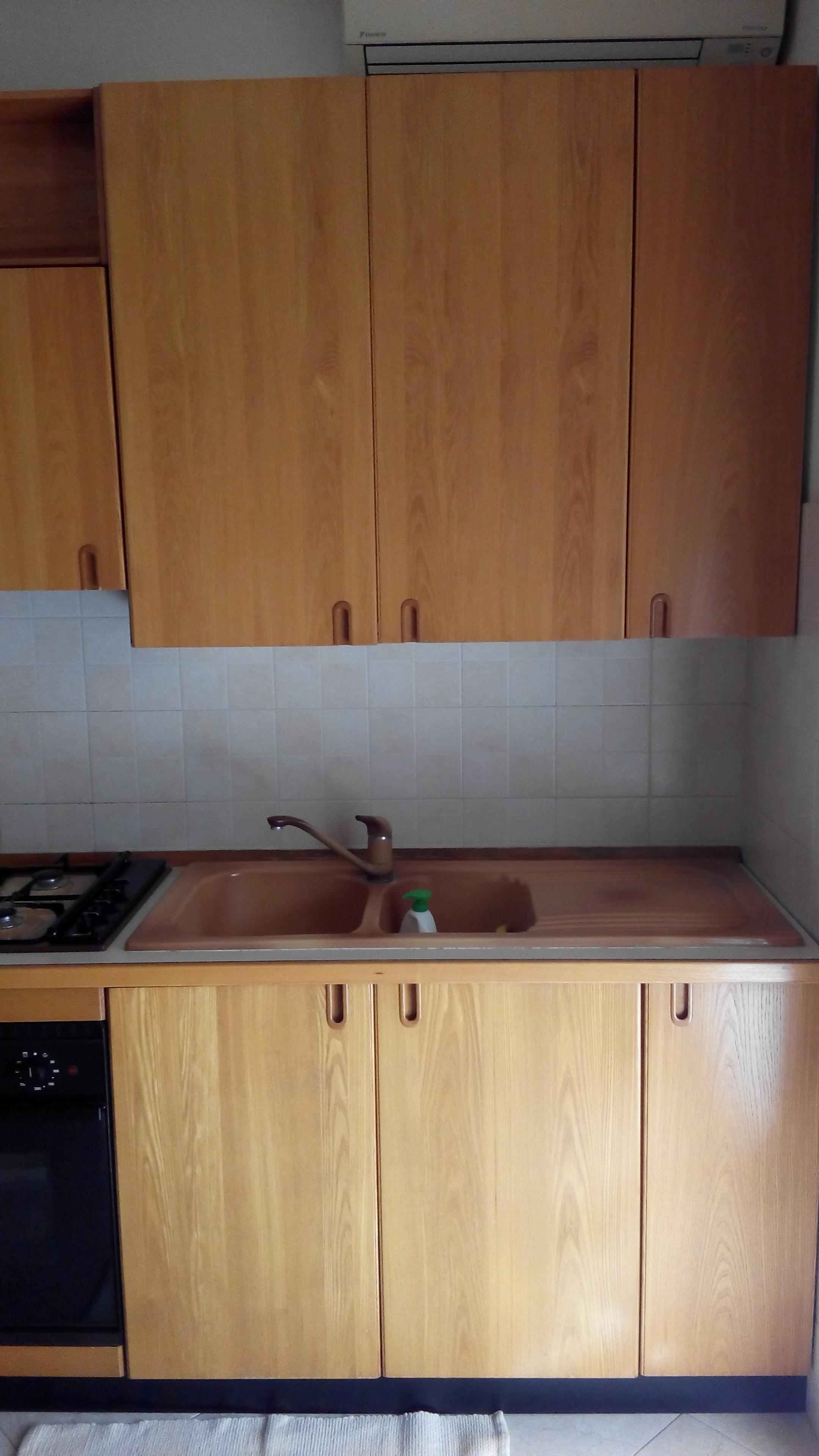 Cucina Ad Angolo Usata : Cucine A Angolo Usate. Cucina Ad Angolo Usata  #926F39 2160 3840 Foto Di Cucine Giocattolo