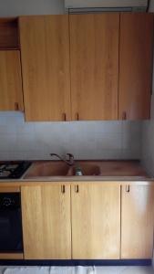 vista cucina lato lavello