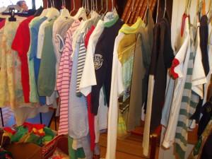 abbigliamento usato da bambina o ragazza