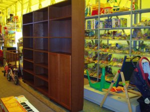LIBRERIA NOCE SCURO BILLY IKEA