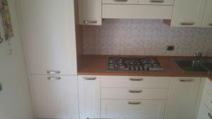 lato frigo cucina ad angolo