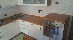 lato corto cucina ad angolo