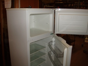 partricolare vano congelatore del frigorifero kendo