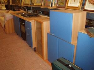 pensili cucina azzurra