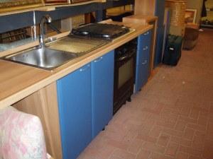 cucina lineare azzurra 2,3 mt