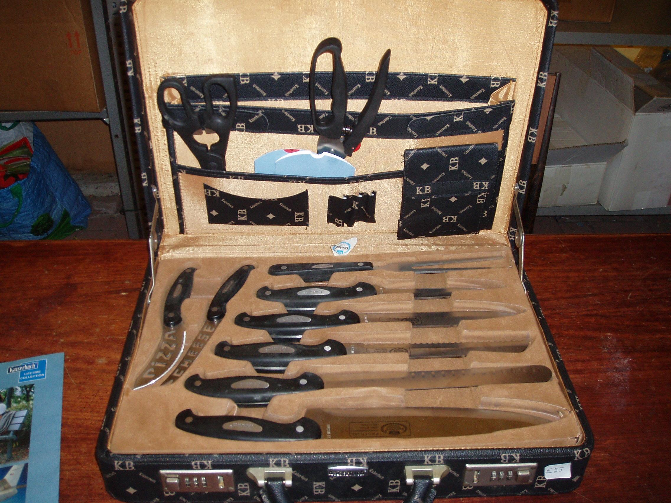 Set coltelli kaiserbach il tendone solidale mercatino for Mercatino usato monza
