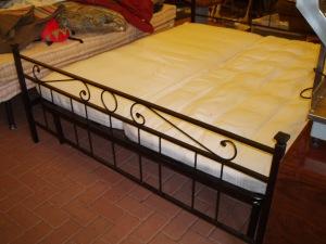 letto tevere nero in ferro battuto