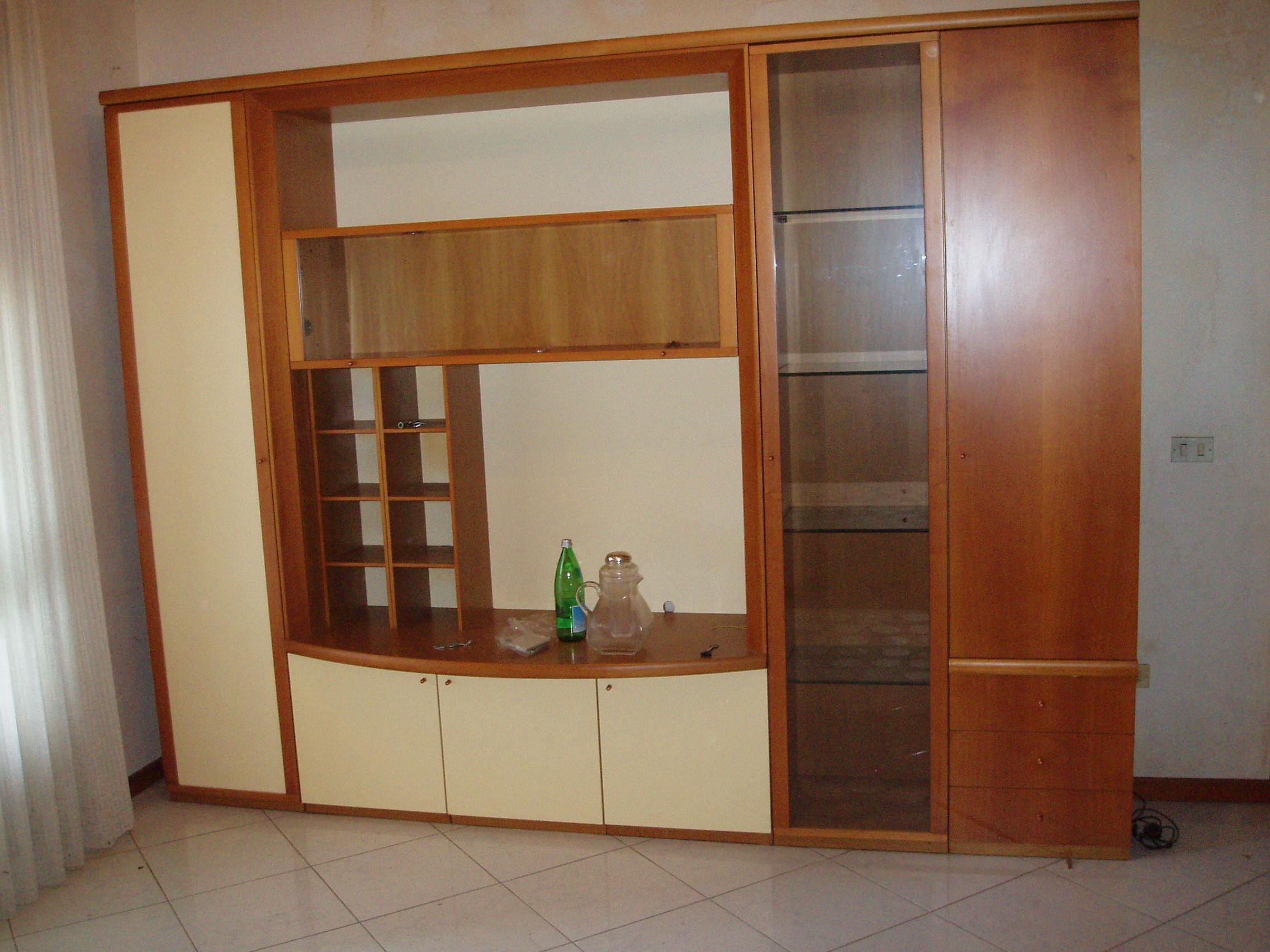 Mobili usati soggiorno mobili da salotto usati design casa creativa e smit new soggiorni - Mobili design usati ...