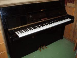 pianoforte nero bernhard steiner