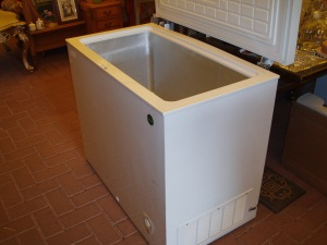 congelatore a pozzo daya da duecento litri