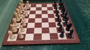 scacchi in legno le due torri modello squadron